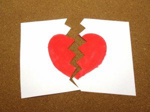 離婚時の家の夫婦間の不動産売買と名義変更 離婚時の家の名義変更サポートセンター
